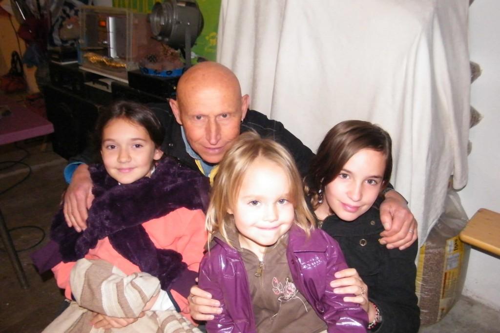 Sam le voyageur et les enfants