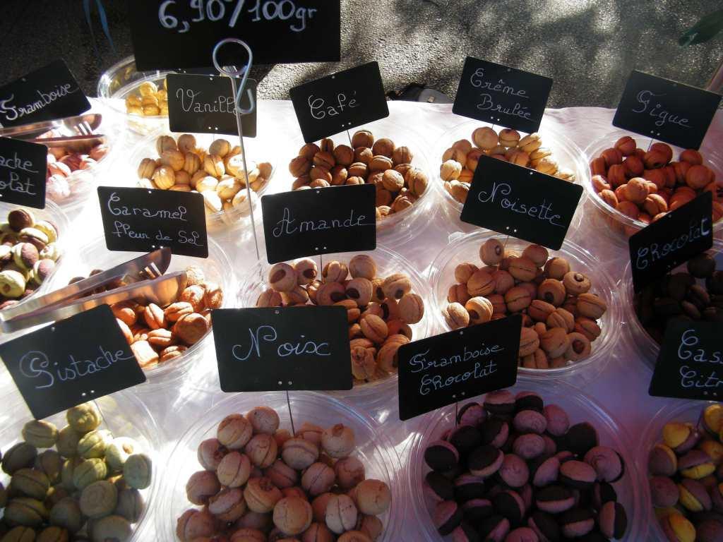 17 variétés de macarons